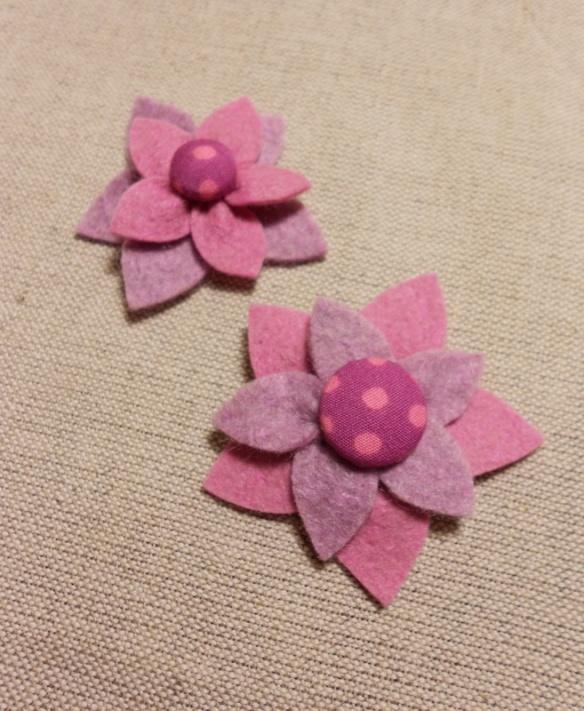 rózsaszín-lila-pöttyös