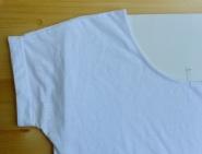 az átnyomódás érdekében a póló két rétege közé tett anyag.