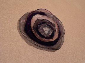 sötétlilás-szürkés, 6 cm-es