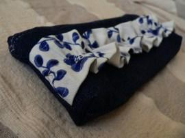 kék-fehér tolltartó