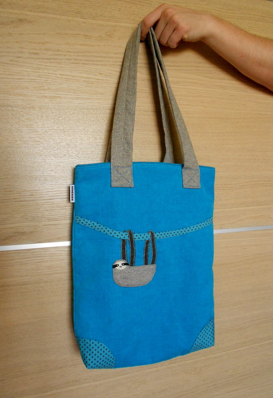 a táska teljes valójában