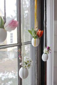 virágdísz tojáshéjban