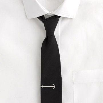 nyakkendőtű